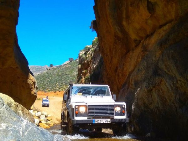 Land Rover Safari Club - Tripiti Route - jeepsafari Kreta